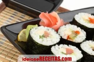 Receita Sushi de Salmão tradicional fácil