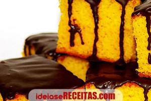 bolo-cenoura-cobertura-chocolate
