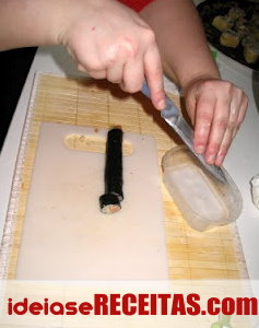 Como fazer sushi passo a passo - Aprender a Cortar