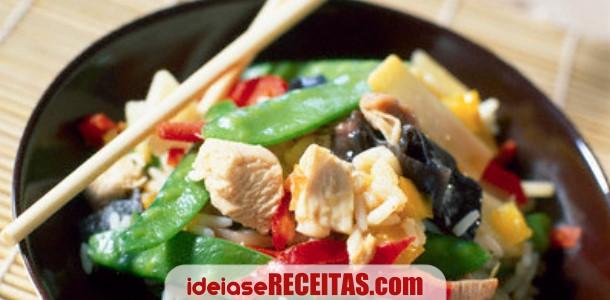 Chop Suey de Carnes e Legumes