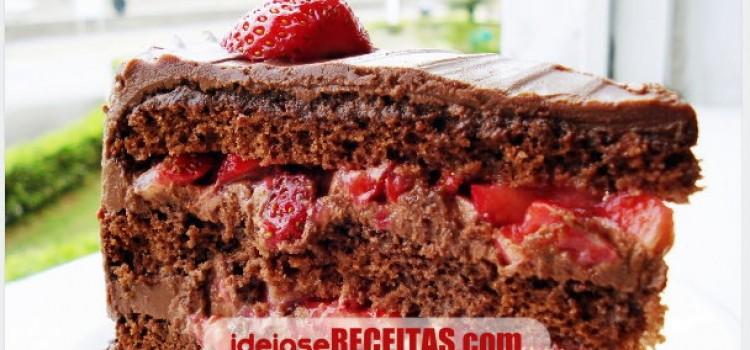 receita-bolo-chocolate-morango