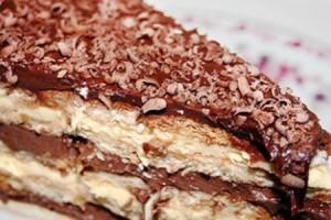 receita-pave-chocolate-biscoito