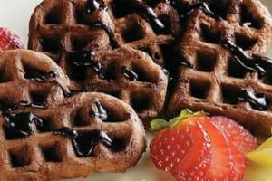 receita-waffle-de-chocolate-com-frutas