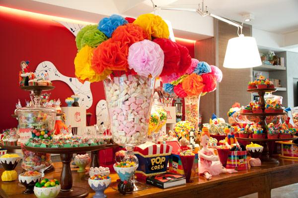 festa-aniversario-infantil-circo-decoracao-bossa-nova-05