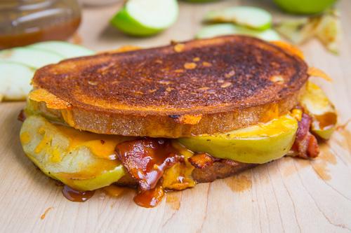 tosta-queijo-chedar-bacon, maca1