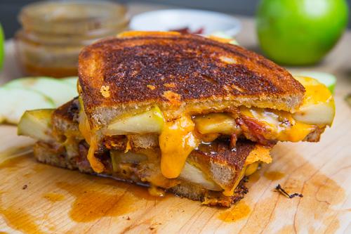 tosta-queijo-chedar-bacon, maca2