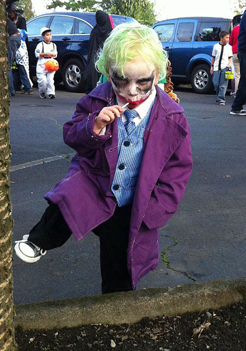 Halloween-Costumes-002