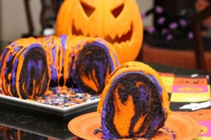 Halloween_Rainbow_Party_Cake_Halloween_Food_Recipe_Ideas-e1317078619849