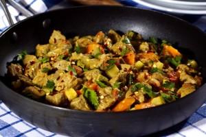 receita-picadinho-de-frigideira-de-coxao-duro-e-legumes
