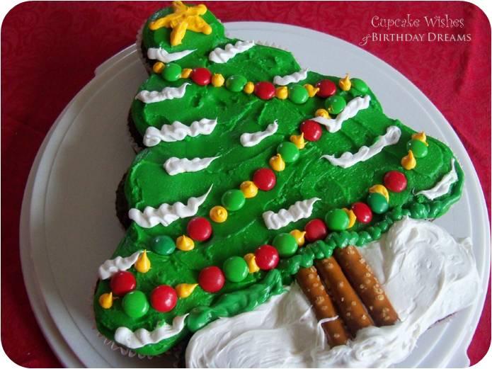 Christmas_Tree_Cupcake_Cake