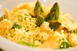 Salada de Couscous Marroquino com Lascas de Bacalhau e Aspargos1