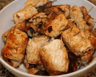 receita-bifinhos-peru-bacon-espinafres