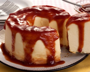 receita-pudim-cremoso-de-queijo-calda-de-goibada