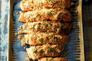 receita-salmao-grelhado-com-crosta-de-pao