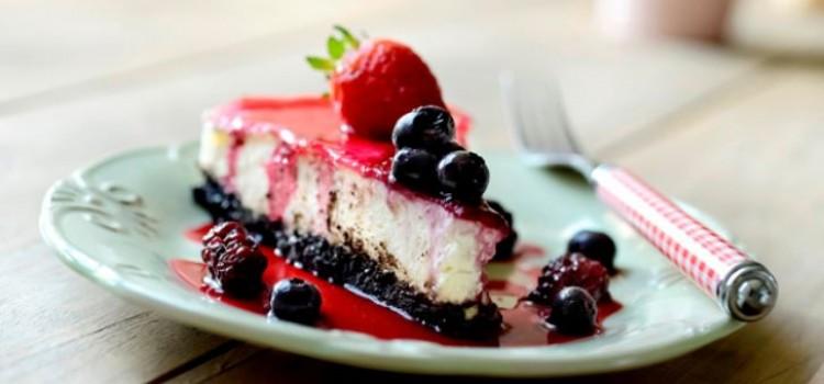 cheesecake-limao-frutas-vermelhas