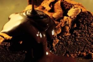 receita-torta-cremosa-de-chocolate