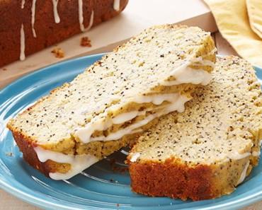 bolo-de-iogurte-e- limão-com- sementes-de-papoila