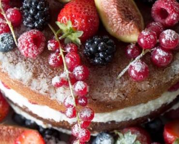 receita bolo frutos vermelhos