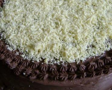 bolo-trufado-de-chocolate