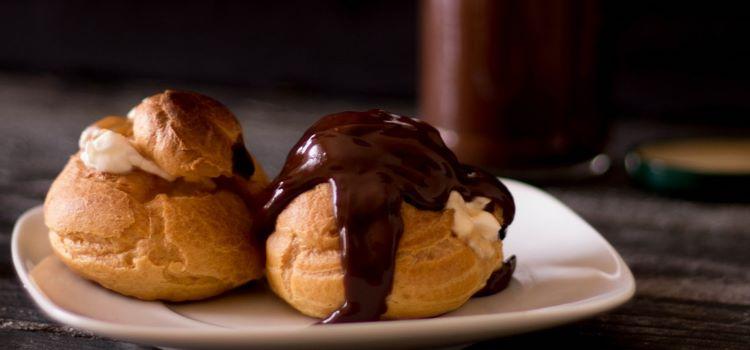 Profiteroles de Caramelo salgado e Chocolate Negro