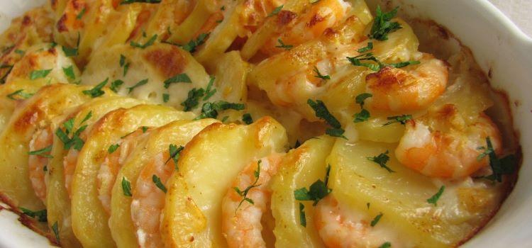batatas gratinadas camarao