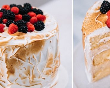 Bolo merengue de morango