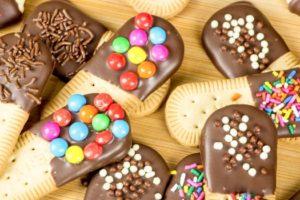 biscoitos coberos com chocolate