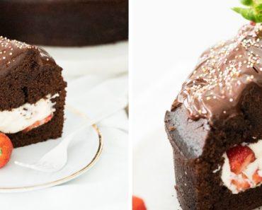 bolo de chocolate cheio morango